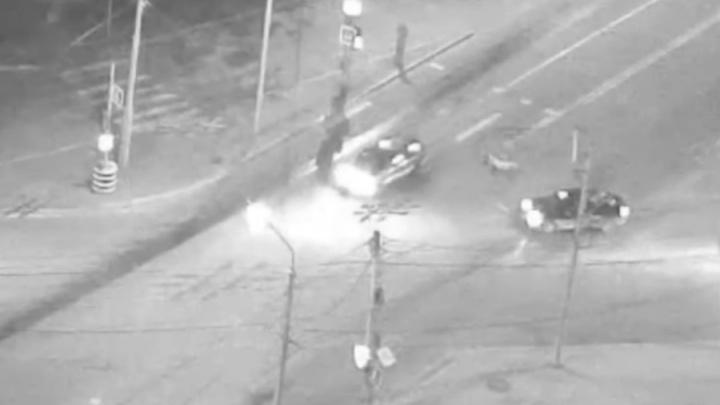 На Киренского водитель иномарки сбил девушку на переходе и уехал