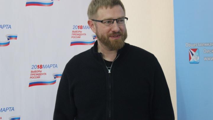 Посольство России проверяет информацию о задержании в США бывшего гендиректора омского телеканала