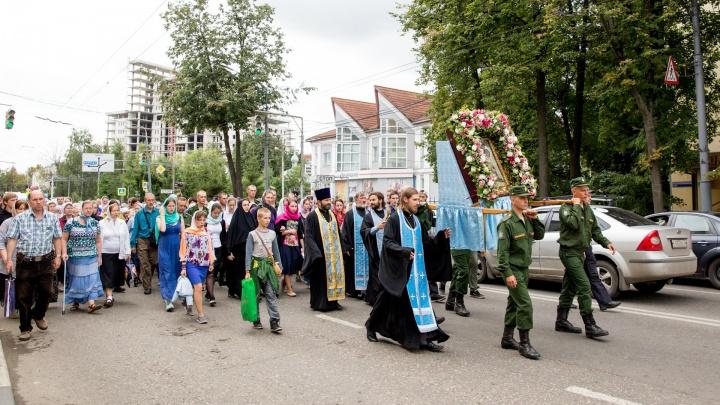 Движение по неперекрытому участку Тутаевского шоссе заблокируют православные