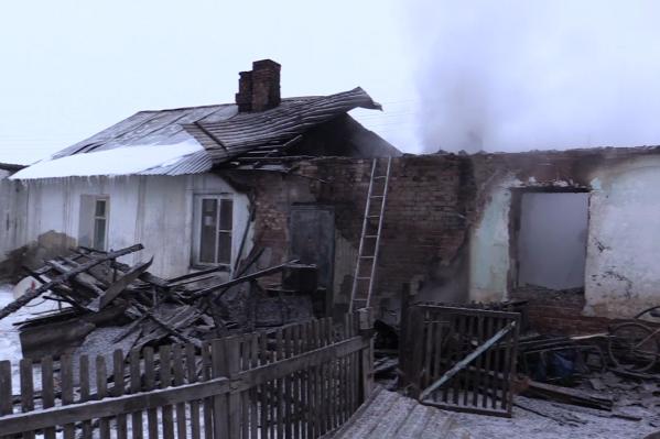 Дом, в котором произошёл пожар