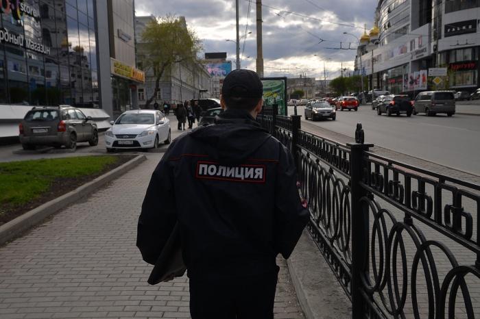 В Екатеринбурге полицейский попался на взятке