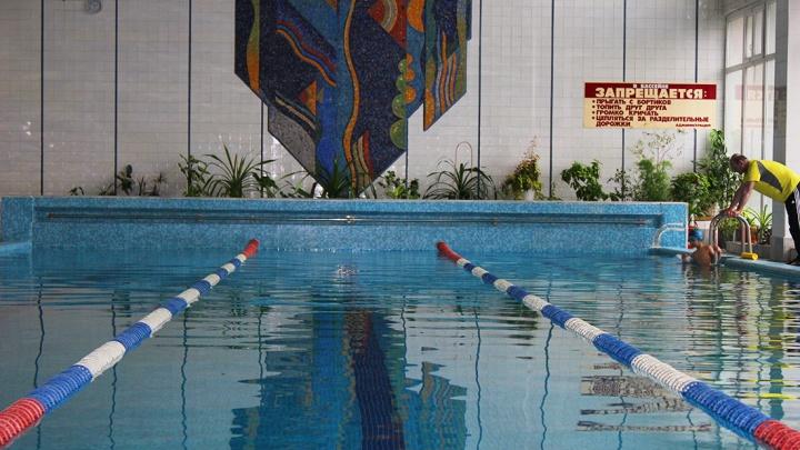 Большой заплыв: 10 бассейнов в Ростове, где могут поплавать все