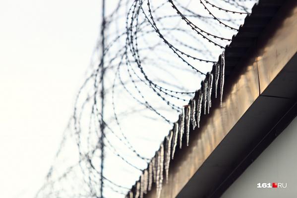 В исправительной колонии № 12 заключенные набросились с кулаками на охранников