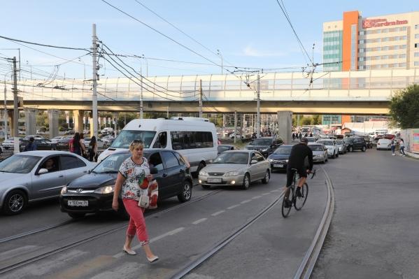 Волгоградец так торопился на концерт, что едва не попал под трамвай