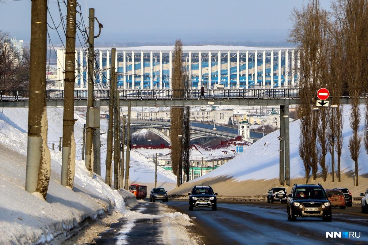 Стадион «Нижний Новгород» выглядит крышей здания ГИБДД