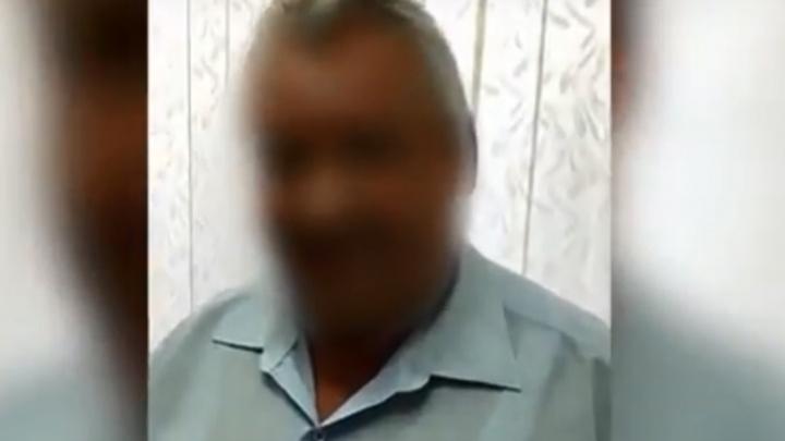 Волгоградский чиновник продавал билеты на пенсию: оперативное видео задержания