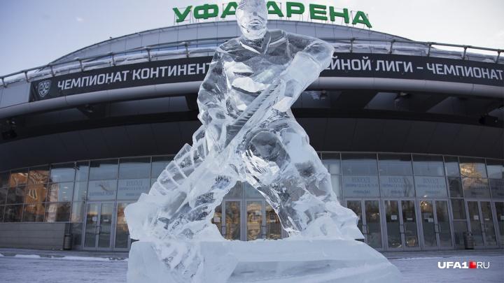 Хоккейный клуб «Салават Юлаев» отсудил у 50-летнего предпринимателя 2 миллиона рублей