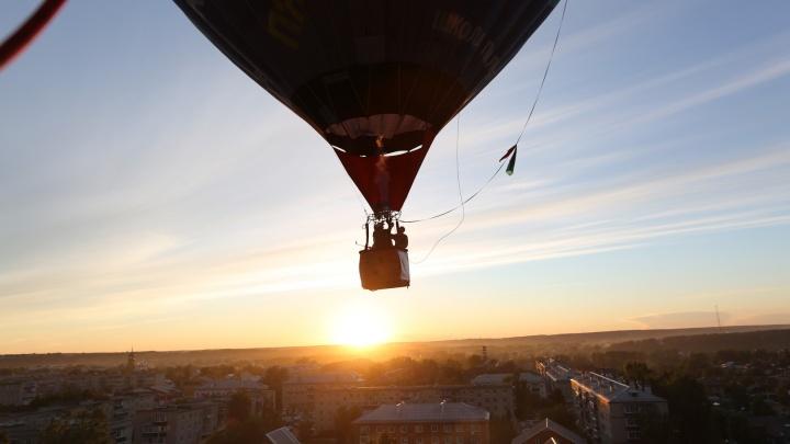 Чемпион мира по парашютному спорту прыгнет с воздушного шара на «Уктусе»
