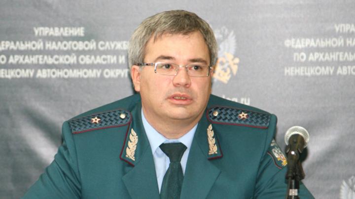 В Архангельске задержан за получение взятки глава налоговой службы