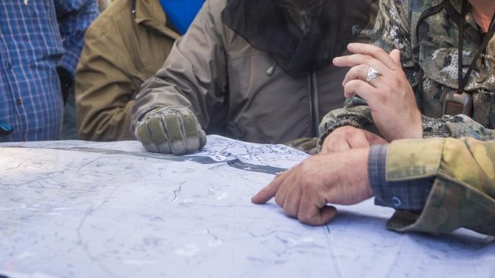 Искали всю ночь: в лесу под Новосибирском заблудилась мать с ребёнком