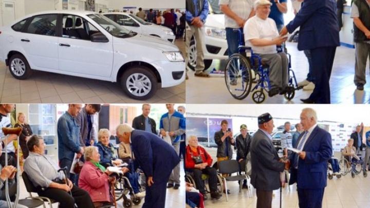 Жители Башкирии, пострадавшие на производстве, получили автомобили