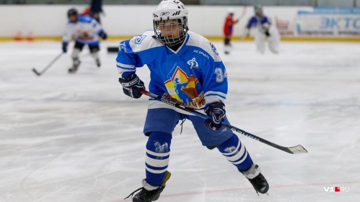 Шайбой по Первомаю: в Волгограде соберут на турнир юных хоккеистов с лучших клубов России