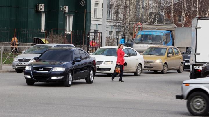 Ловили по всему городу: автоинспекторы нашли полтысячи пешеходов-нарушителей