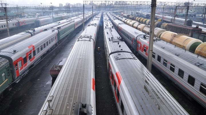 На вокзале в Омске поймали подростка, который сбежал от матери на Урале