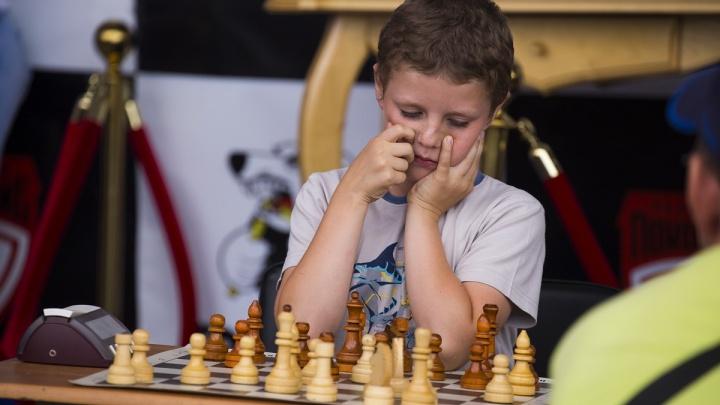 Детский мат: пять причин научить ребёнка играть в шахматы