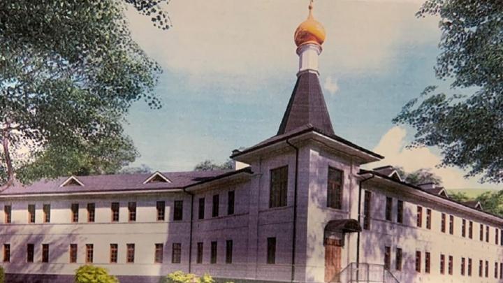 Рядом с Белогорским монастырем начали строить гостиницу