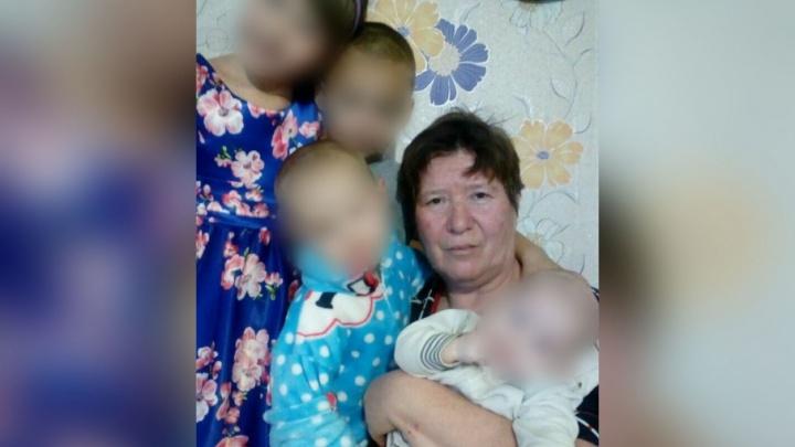В Башкирии мать-одиночка с четырьмя детьми потеряла всё в пожаре
