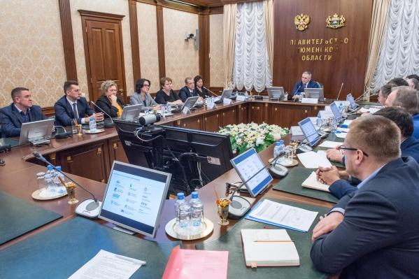 Программу Западно-Сибирского межрегионального НОЦ презентовал ректор ТюмГУ Валерий Фальков<br><br>