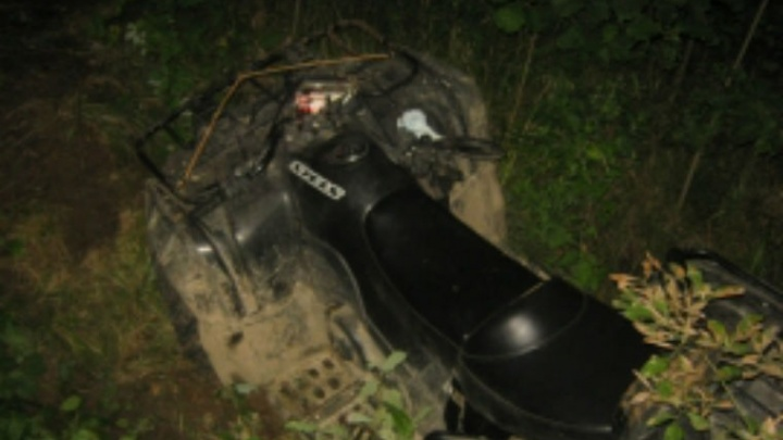 В Ярославской области мужчина на квадроцикле погиб в овраге