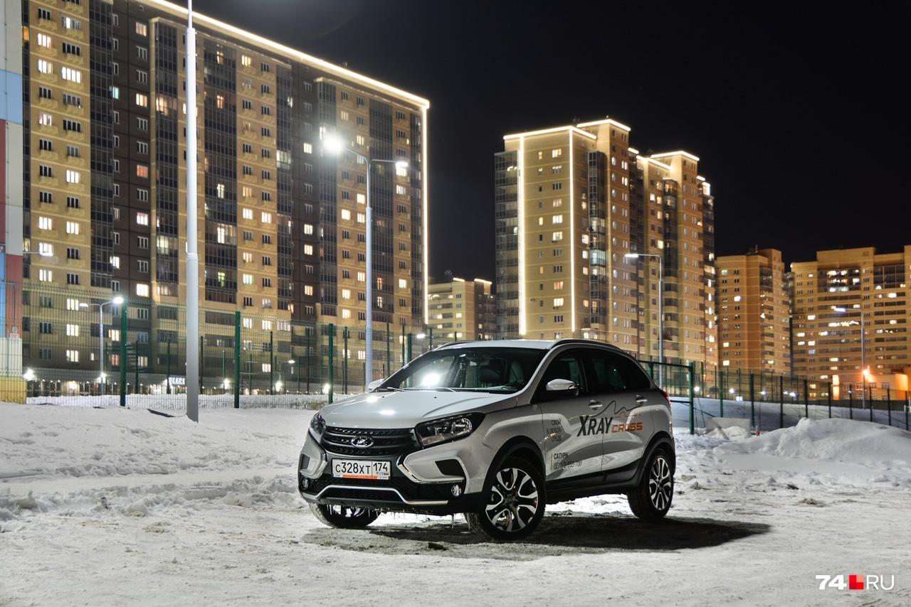 Lada XRAY создана на платформе В0 компании Renault и технически ближе всего к модели Sandero