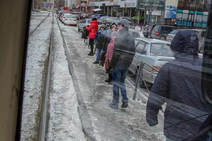 Четверть новосибирцев ездят на трамвае, но больше половины мечтают о метро