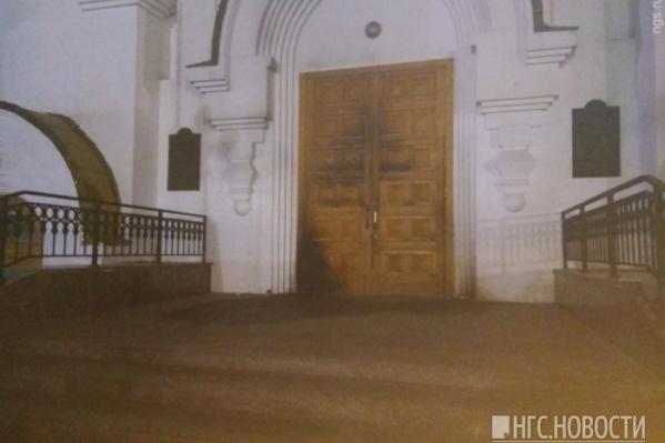 Ущерб храму оценили в 100 тысяч