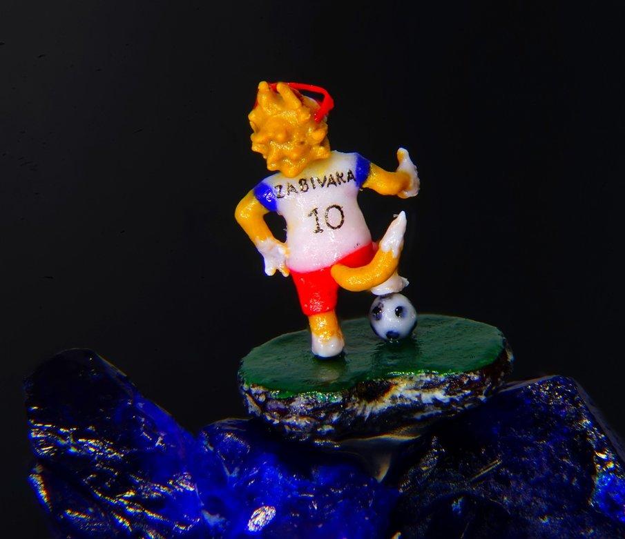 СимволЧМ: гражданин Новосибирска сделал мини-фигурку