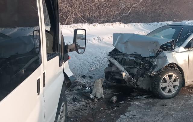Водитель «Газели» скрылся после аварии с пострадавшим на Толмачёвском шоссе