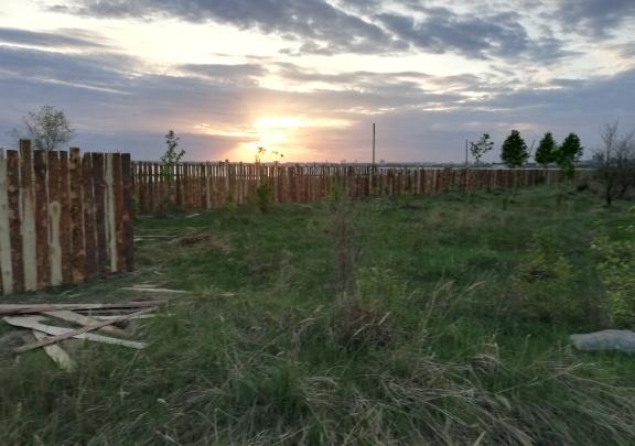 В Челябинске берег озера Смолино огородили для нового пляжа