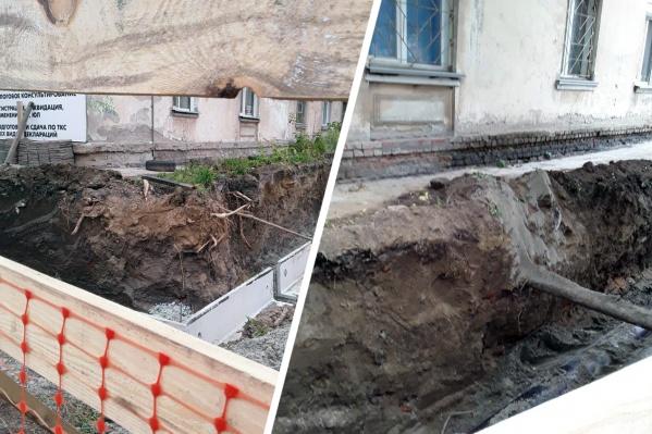 """Траншею вырыли возле дома <nobr class=""""_"""">№ 7</nobr> на улице Королёва — компания-застройщик заверила, что бояться нечего"""