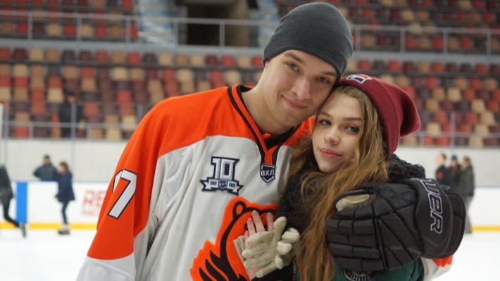 Покатушки с «Молотом»: фоторепортаж с семейной тренировки пермской хоккейной команды