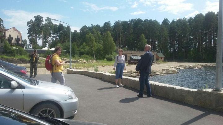 Ответственному за состояние Тургояка предложили уволиться после приезда на озеро министра экологии