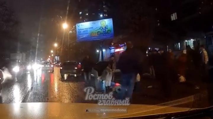 От удара подбросило в воздух: на Еременко сбили женщину на пешеходном переходе
