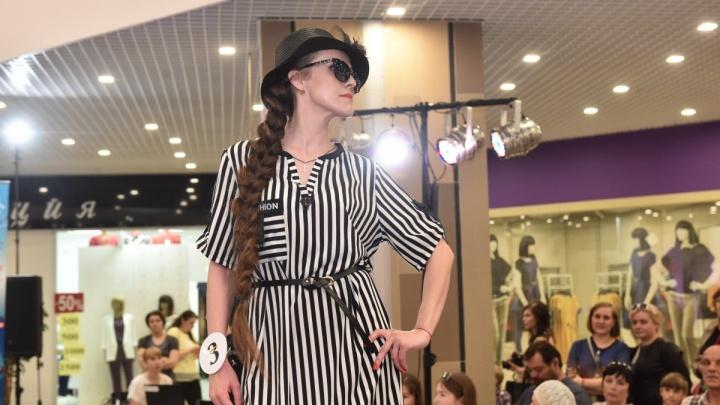 В поисках настоящей русской красавицы: в Екатеринбурге выберут девушку с самой длинной косой