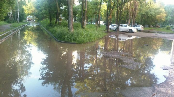 Власти отчитались о ремонте ливнёвки на вечно затопленной дороге на Затулинке