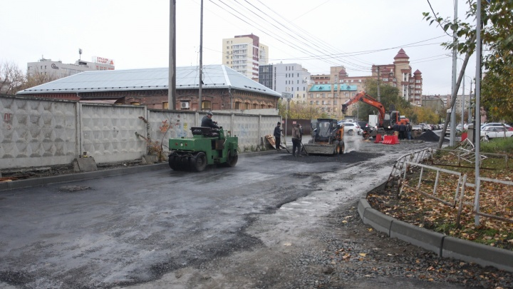 Добрались до Чайковского:какие улицы Челябинска перекроют на ремонт 24 октября
