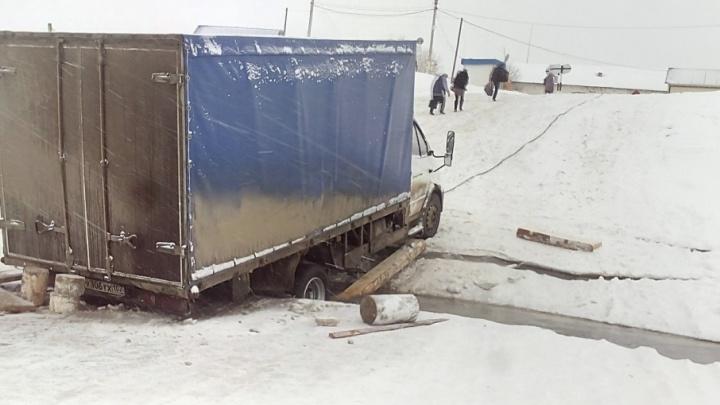 В Башкирии «Газель» провалилась под лёд