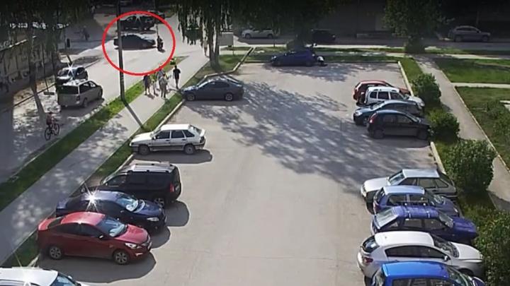 В Перми в ДТП попал скутер, которым управлял десятилетний мальчик. Видео
