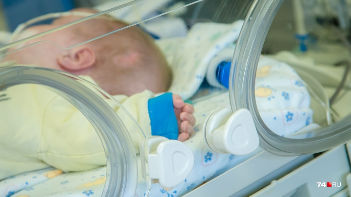 Нейрохирурги Санкт-Петербурга спасли малыша из Челябинска с редкой болезнью сосудов