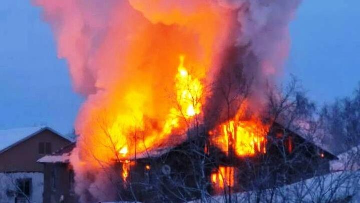 Женщина погибла в пожаре на севере Красноярского края