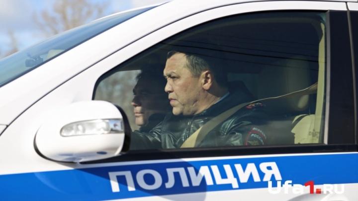 «Красивые парни не тонируются»: как Динар Гильмутдинов снимал пленку с машин уфимских водителей