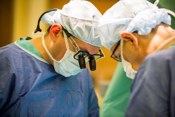 Одна из главных трудностей лечения рака головного мозга в том, что большинство лекарств не могут попасть в него