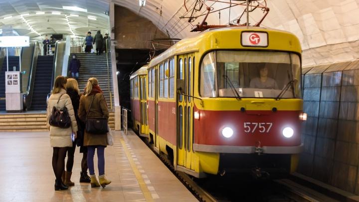 До конца года не поедут: эскалаторы в волгоградской подземке замерли на неопределенный срок