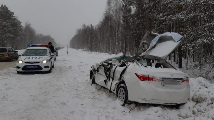 За смерть водителя в массовом ДТП в районе Патрушева будут судить машиниста автогрейдера