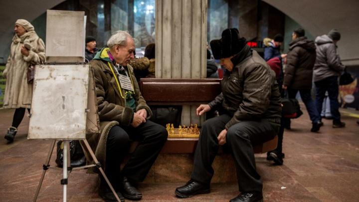 Революционер с площади Ленина: новосибирец борется против «путинских 5-леток»