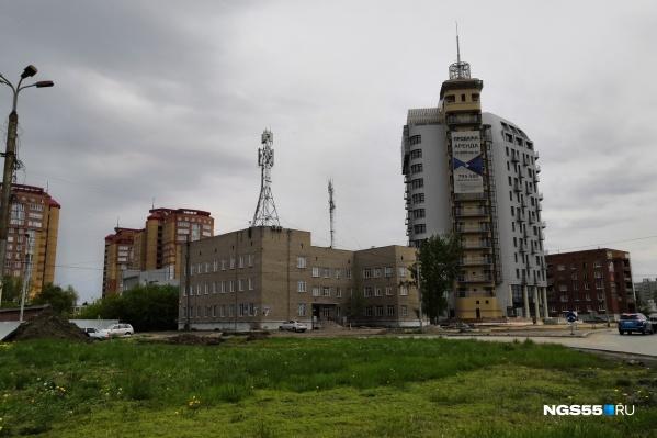 Над проектом бизнес-центра работала команда под руководством известного омского архитектора Александра Бегуна