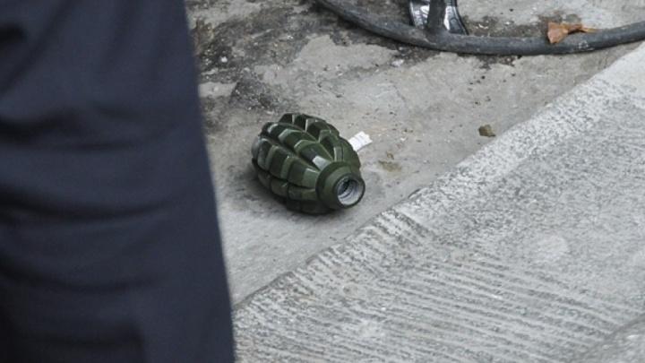 В Самарской области местный житель сдал силовикам схрон оружия со своего земельного участка