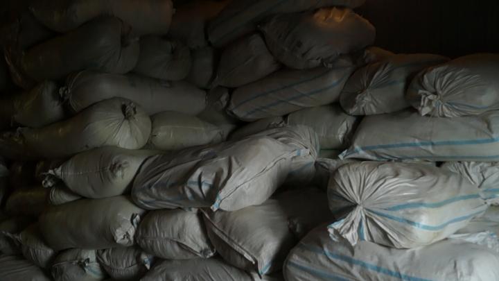 11 тонн табака конфисковали в Петуховском районе по решению суда