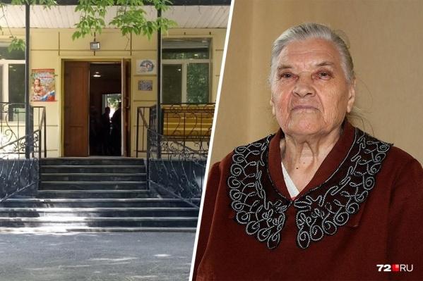 Анну Бусыгину похоронили в пакете после того, как тело целую неделю пролежало в морге. Директор пансионата для ветеранов войны и труда, где она жила, лишился работы из-за этого инцидента