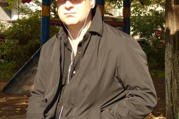 Музыкант и композитор Владимир Черныш написал продолжениехита «В Новосибирске не разводятся мосты»